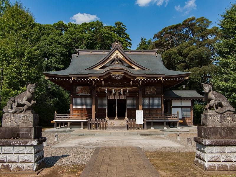 女化神社社殿