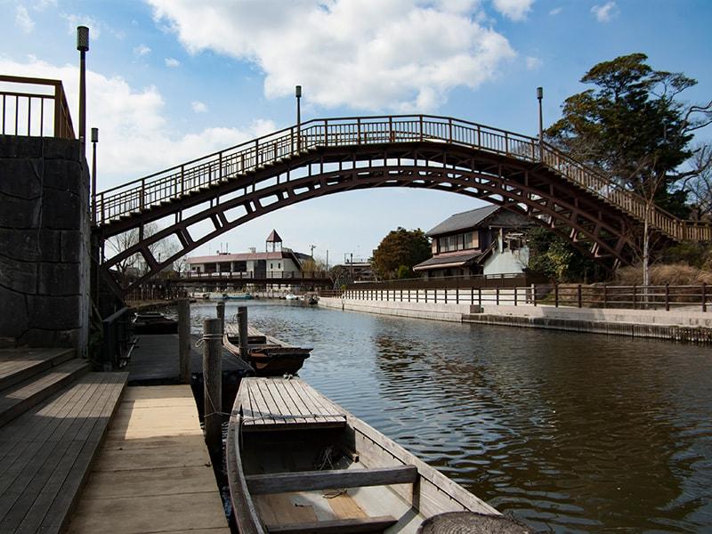 水雲橋と船