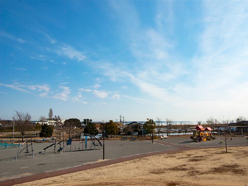 予科練平和記念公園から見る霞ヶ浦