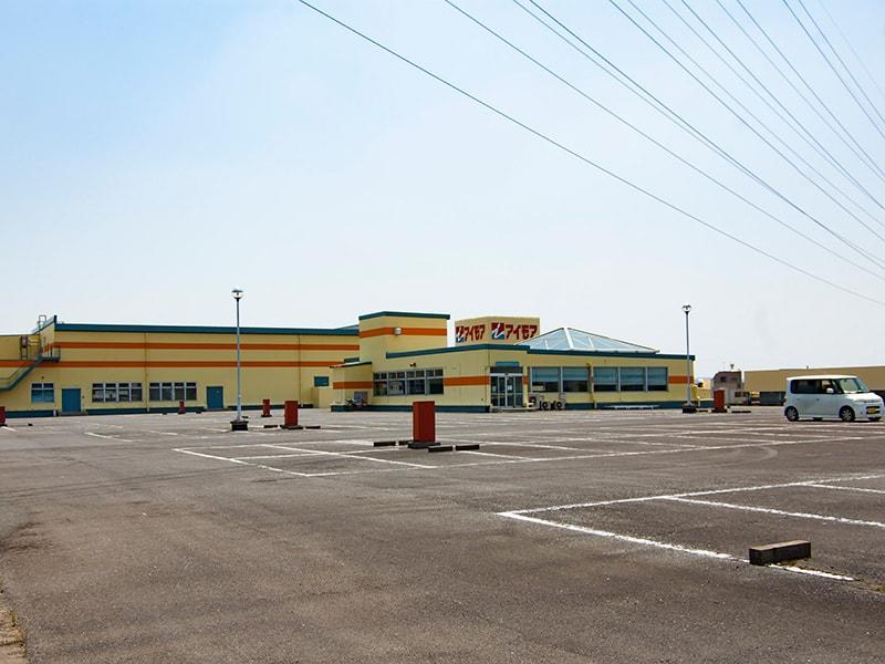 アイモア2F駐車場