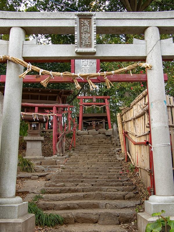 富士山浅間神社鳥居