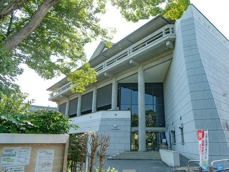 土浦市立博物館外観