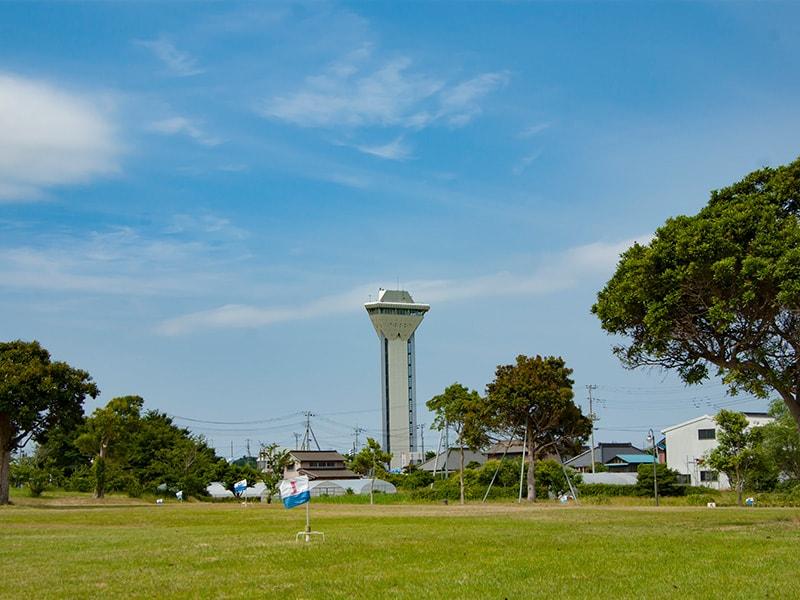 霞ヶ浦ふれあいランドのシンボルタワー