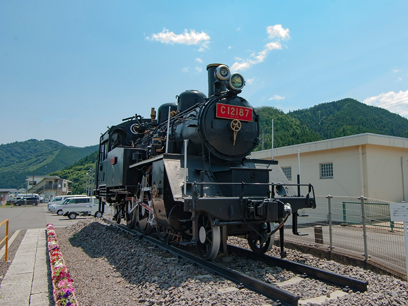 C12蒸気機関車