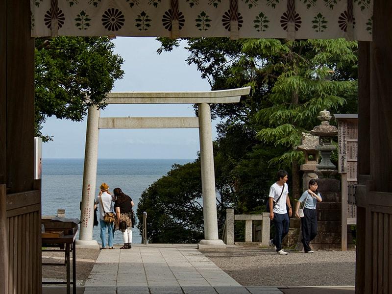 磯前神社から見る海