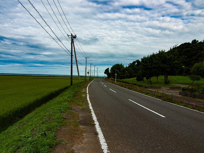 ロードパーク美浦の前の県道120号