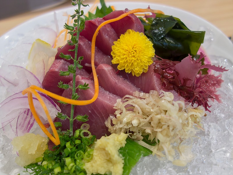魚留のかつおの刺身定食2