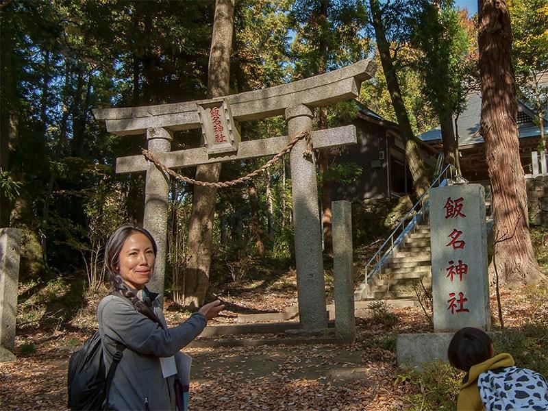 飯名神社の鳥居前