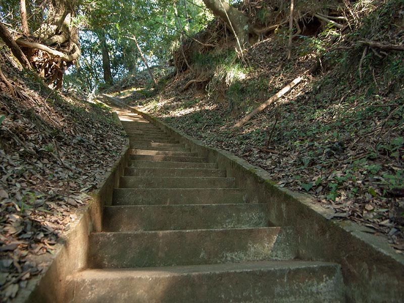 愛宕神社へ続く階段
