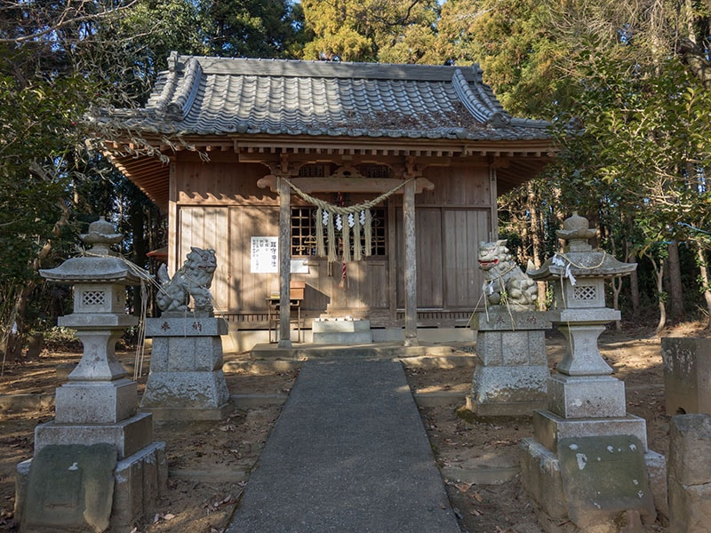耳守神社社殿