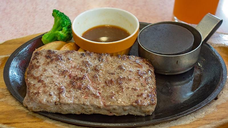ココスのビーフハンバーグステーキ