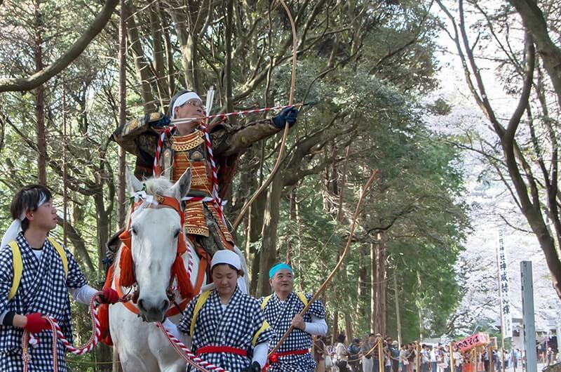 日枝神社流鏑馬1