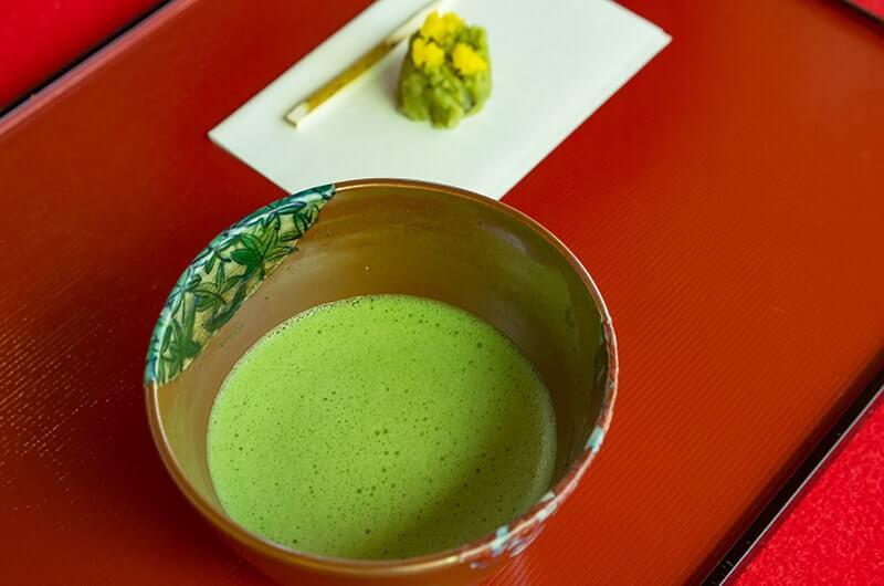 晏如庵のお茶と和菓子
