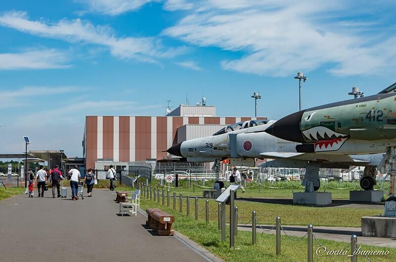 茨城空港と戦闘機