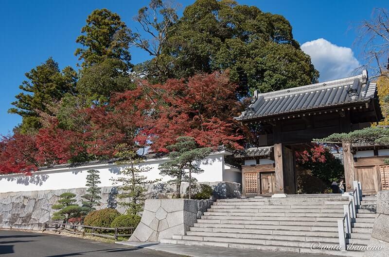 月山寺入口