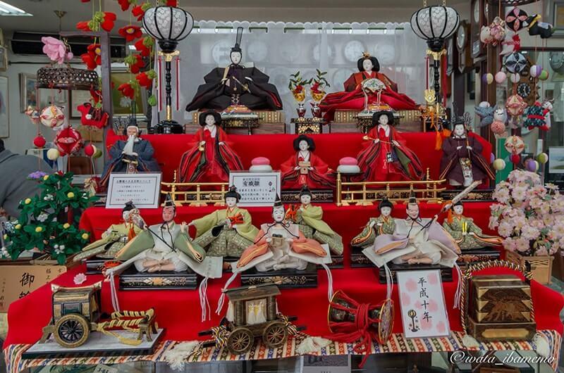 大和田時計店のひな人形