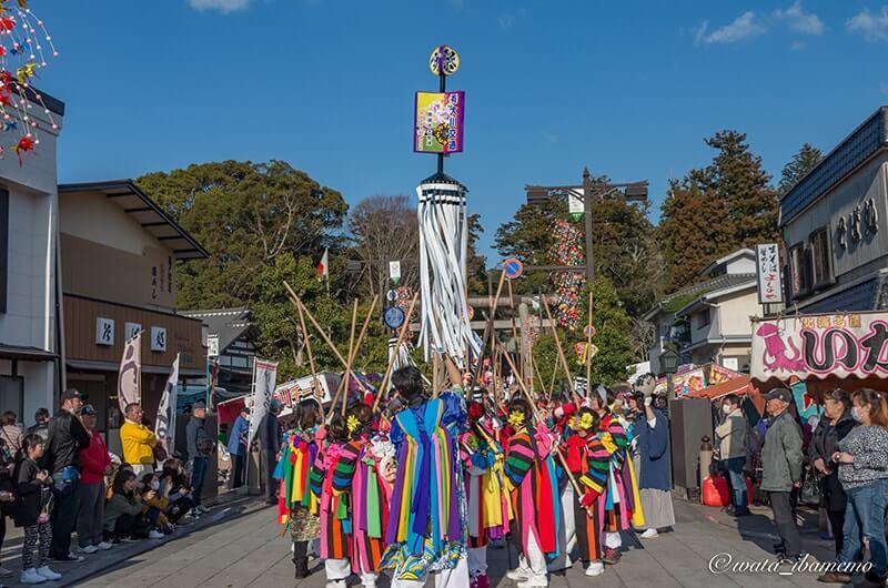 鹿嶋神宮前通りで祭頭囃