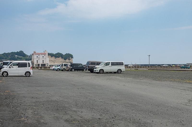 広大な駐車場