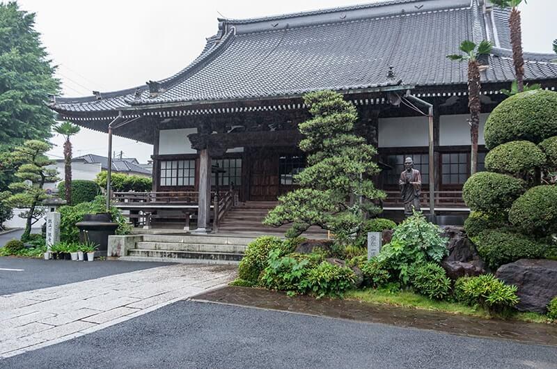 神応寺の本堂