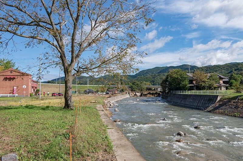 里川沿いにある発電所と変電所跡