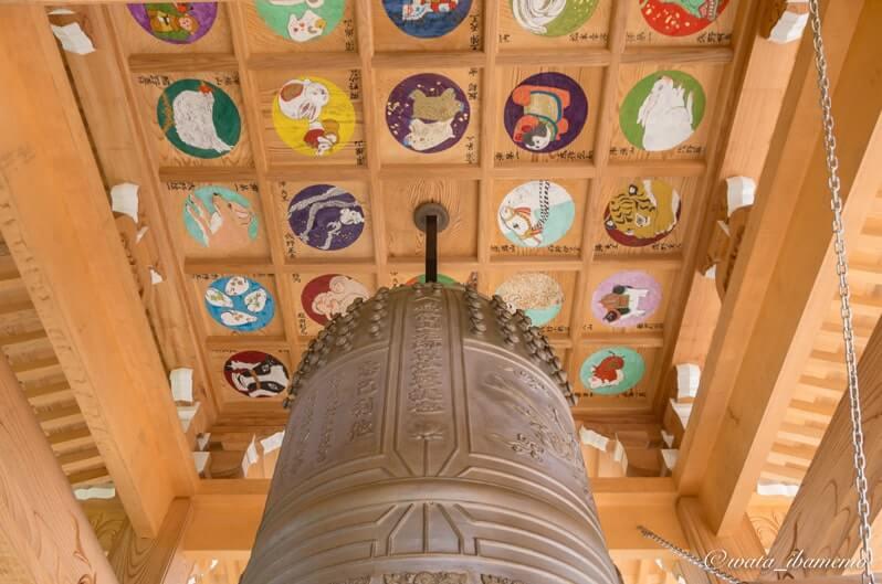 鐘楼堂の天井