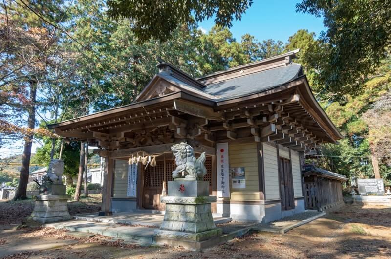 二木天満神社の拝殿