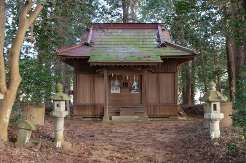 下土田鹿島神社の拝殿