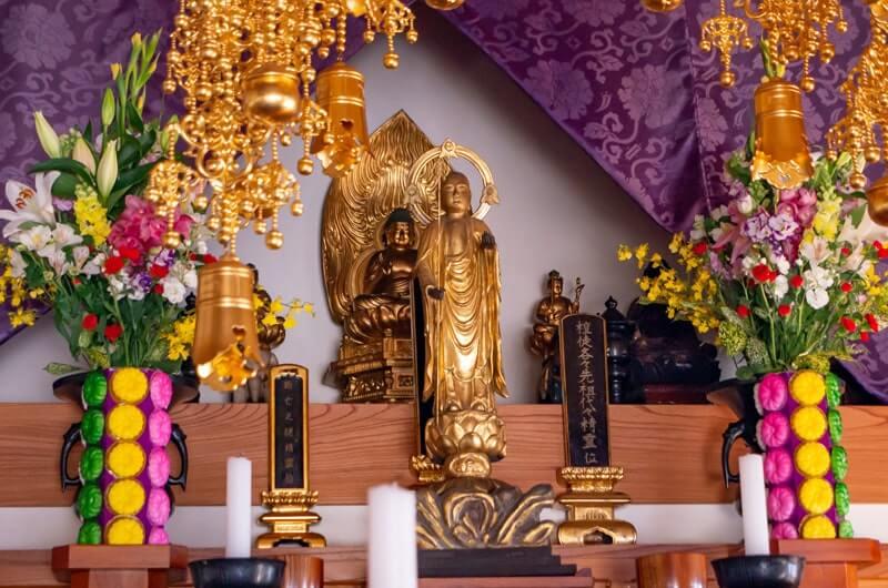 身代わり地蔵と釈迦牟尼仏