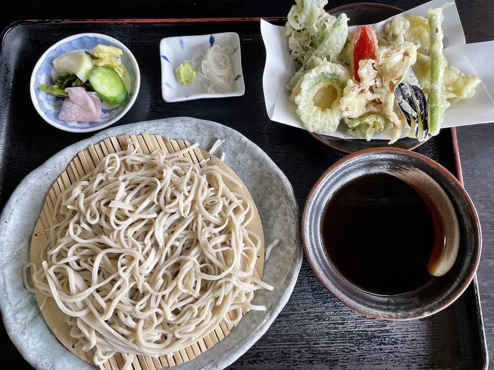 旬の季節の野菜天ぷらセット