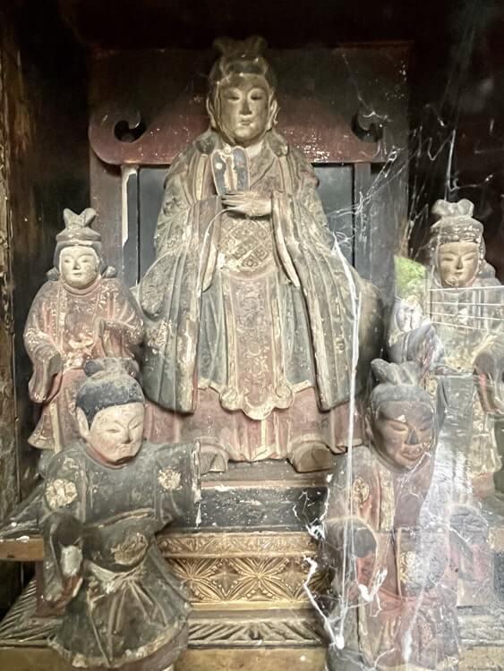天妃尊と4体の従者像